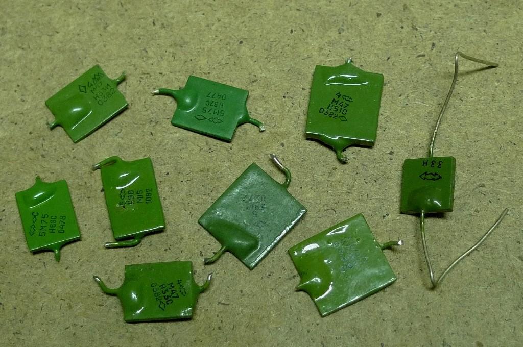 Ruské kondenzátory zelené